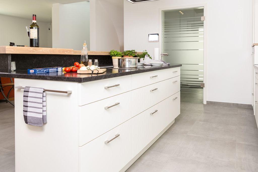 Küchen - Leistungen - Schreinerei KIEM